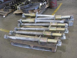 6000 lb rated mechanical snubbers with dual end brackets