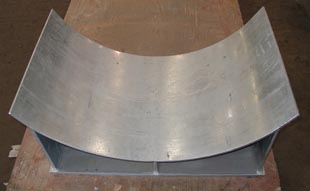 Custom pipe saddle for thin-wall pipe