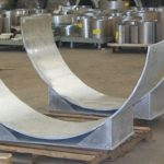Large diameter pipe saddles