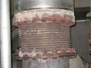 Rusted Expansion Joint (non-PT&P supports)